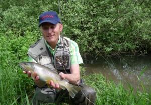 TRUITE doc MOUCHE 300x210 Biographie dun guide de pêche