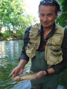 DSC00276 225x300 Séjour de pêche la truite dans lAube