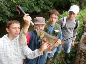 manu chevaisne 300x225 Camp pêche ados des carnassiers