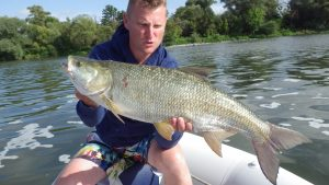 IMGP3397 300x169 Biographie dun guide de pêche