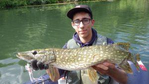 IMGP3823 300x169 Stage de pêche jeunes et ados en float tube