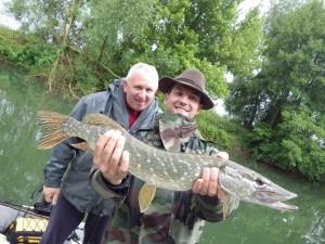 IMGP1235 300x225 Séjour et stage de pêche en famille des carnassiers