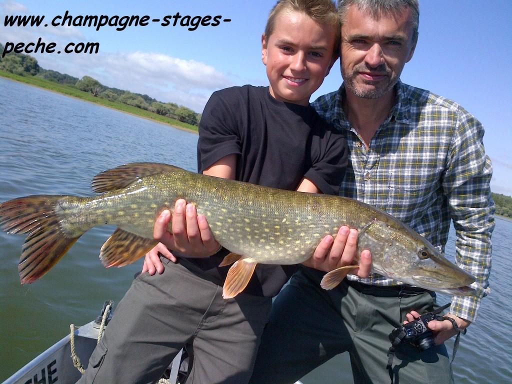 Nicolas Axel www 1024x768 Séjour et stage de pêche en famille des carnassiers