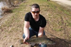 11041428 437670323056278 1367012168 n 300x200 Pêche du sandre au Domaine du grand étang