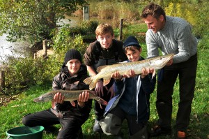 151030 GE 14 pf 300x199 Séjour de pêche à la Toussaint pour jeunes et ados, acte 2