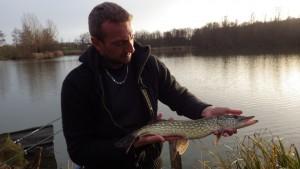 IMGP2800 300x169 Centre de pêche no kill du Domaine du grand étang de Narcy
