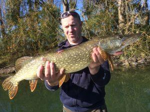 IMG 1050 300x225 Pêche du brochet en étang privé vers les lacs de la forêt dOrient