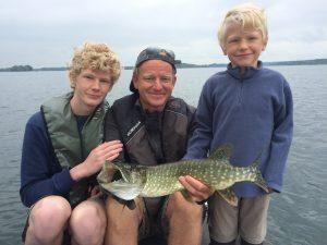 IMG 1241 300x225 Stage de pêche famille aux lacs de la forêt dOrient.