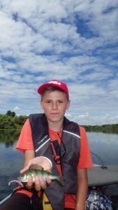 IMGP3320 e1473710061425 169x300 Stage pêche jeune sur le lac du Der