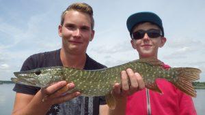 IMGP3328 300x169 Stage pêche jeune sur le lac du Der