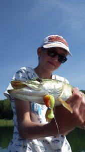 IMGP3378 e1475655223389 169x300 Colonie de pêche au lac de la Madine