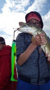 IMGP3388 e1475652547803 169x300 Colonie de pêche au lac de la Madine