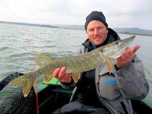 14694875 887565601378800 96166750 n 300x225 Sortie de pêche en zone hivers au lac de Madine